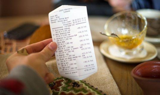 В Бресте официант подозревается в краже денег из сейфа кафе