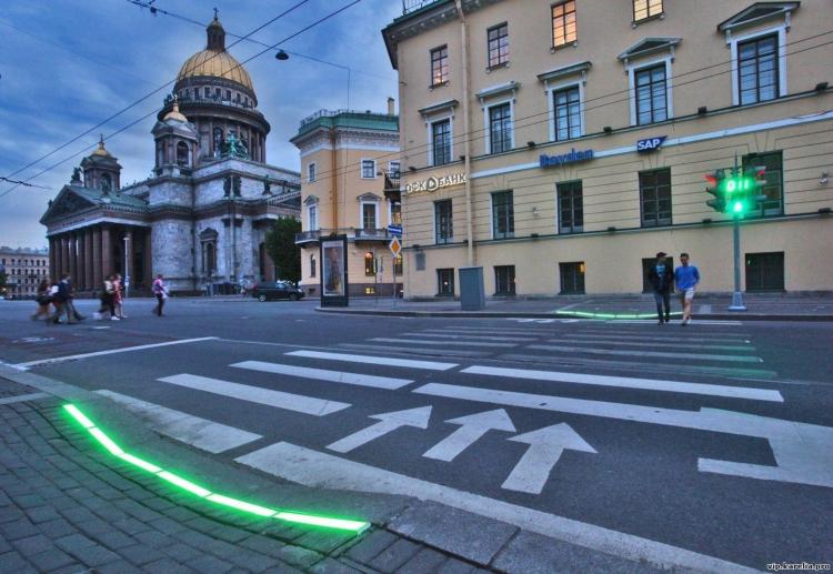 Съемный светофор с кнопкой и светящаяся плитка могут скоро появиться на ул.Ленина
