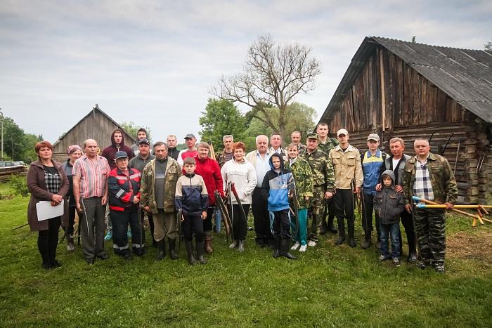 Брестчане стали призерами чемпионата страны по сенокошению