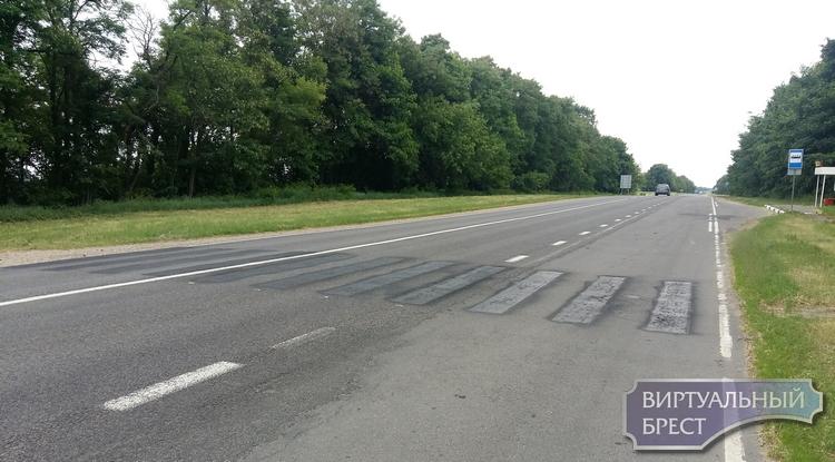 """На """"каменецком"""" шоссе убрали пешеходные переходы. Как ходить?"""