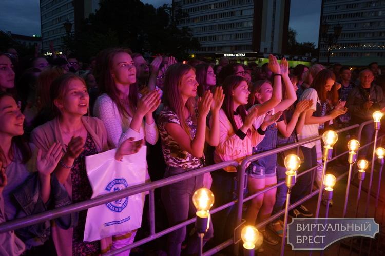 Город Света на Советской провёл промо-концерт в новом формате