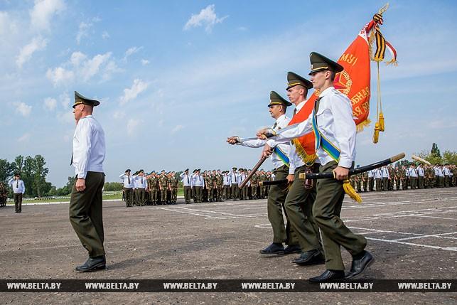 День воздушно-десантных войск масштабно отметили в Бресте