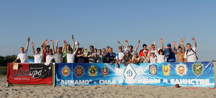 На пляже Гребного канала «отгремел» VII открытый турнир г. Бреста по пляжному гандболу