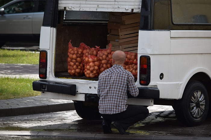 """Операция «Нелегальный бизнесмен»: """"Берите, это свое"""", или Рынок мог выйти на улицу"""