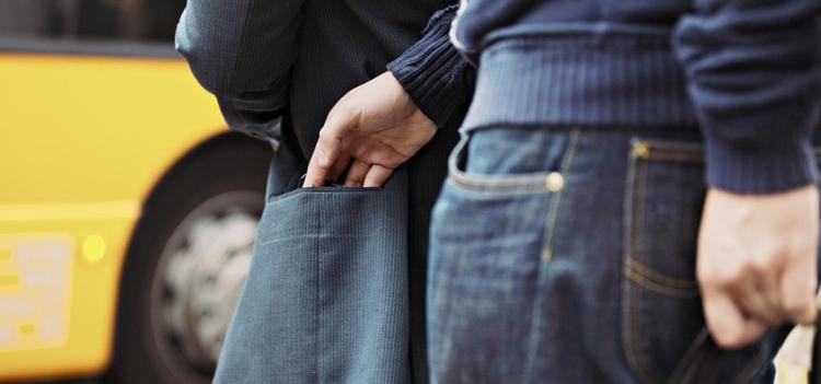 В Бресте у туриста украли 26 тысяч долларов
