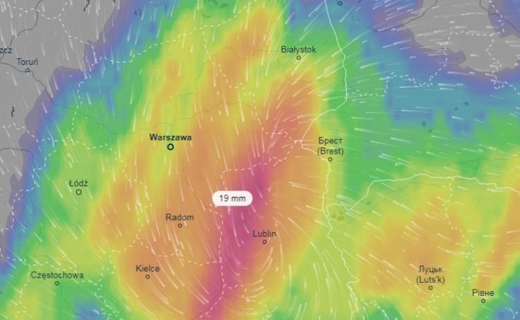 Синоптики объявили на 18 сентября оранжевый уровень опасности из-за циклона с Карпат