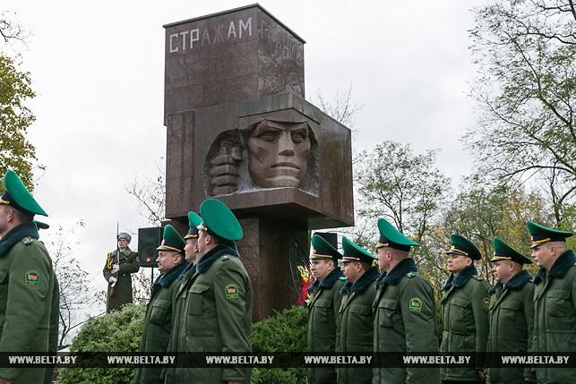 """Памятник """"Стражам границ"""" открыли после капитального ремонта"""