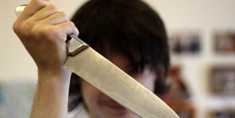 Поссорились: сразу три случая нападения женщин на мужчин, один погиб двое ранены