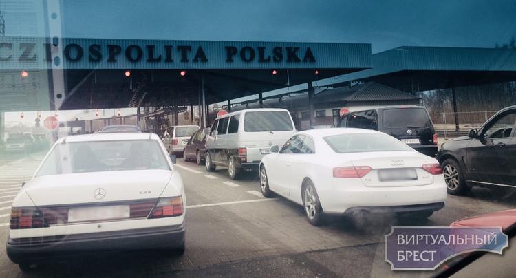 В ПП «Домачево» с 1 декабря будет возобновлено движение грузовиков и автобусов массой до 7.5 тонн