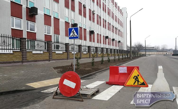 Как бы нет, но если очень надо, то да... Открыли движение по ул. Салтыкова-Щедрина