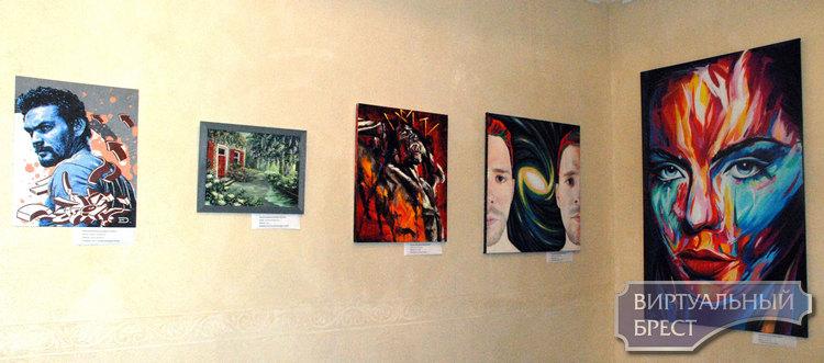 Однодневная выставка современных художников демонстрировалась в Бресте