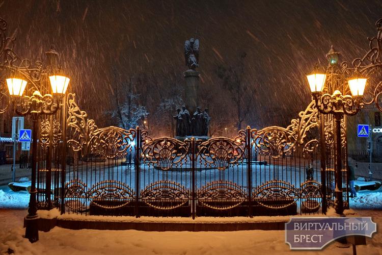 """Брест в снежном плену. Почти """"новогодняя"""" зимняя сказка"""
