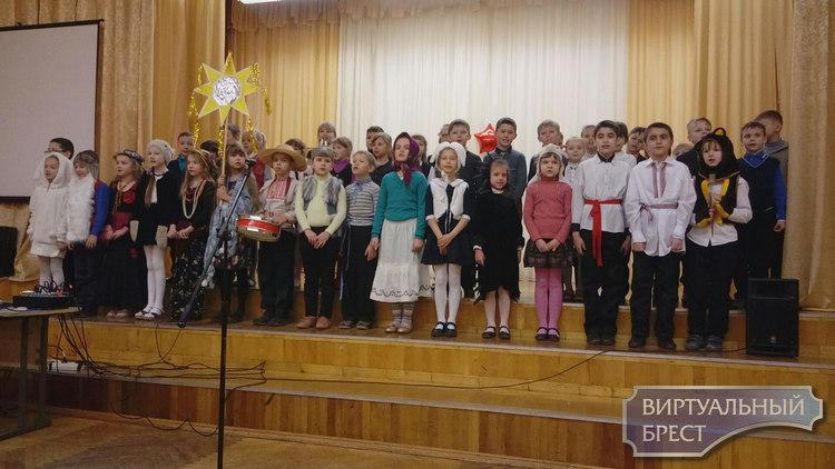 Как в Бресте изучают Новогодние и Рождественские традиции беларусов