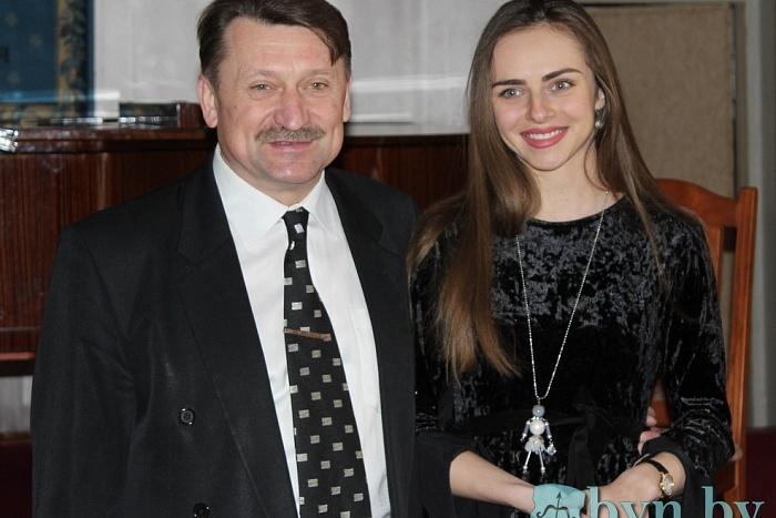 Знакомьтесь: оперная певица из Страдичей Маргарита Левчук