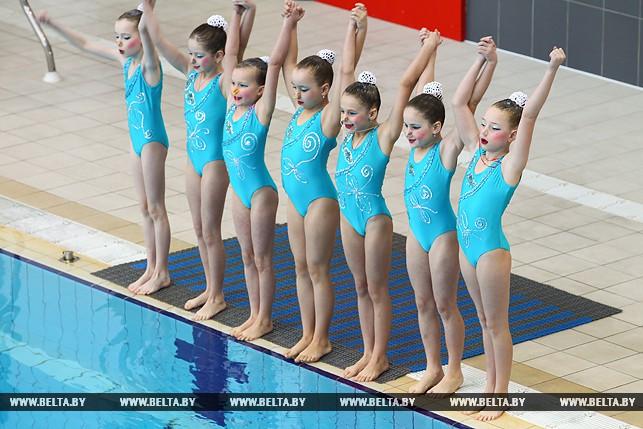 Соревнования по синхронному плаванию прошли в Бресте