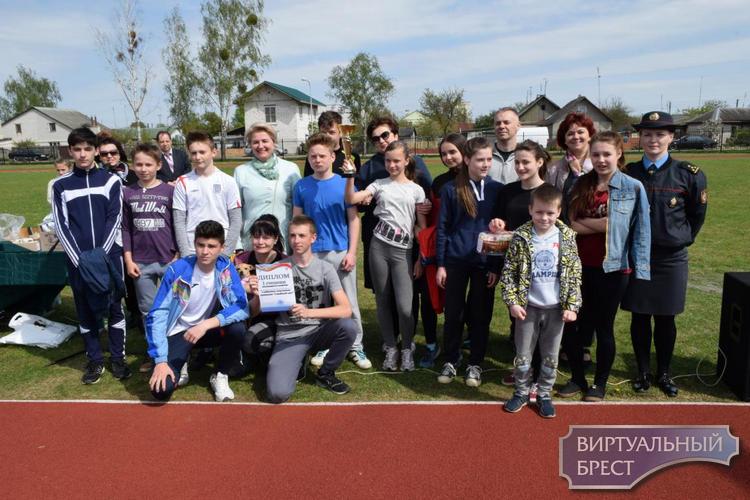 Спортивный праздник «Семейный круг» прошёл на Граевке