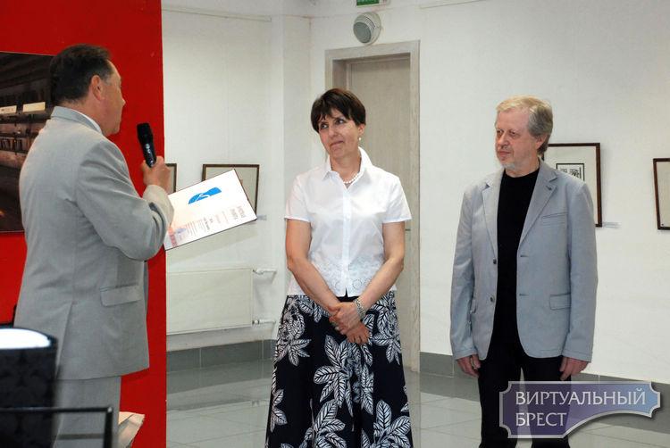В Бресте открылась юбилейная выставка Светланы и Геннадия Вяль