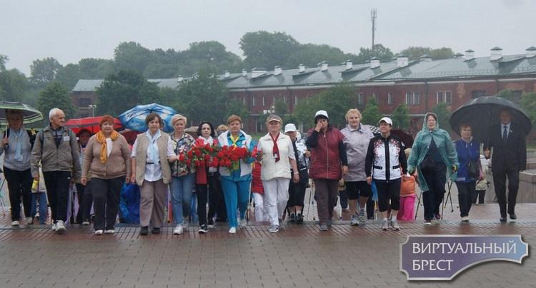 Ежегодный Слёт любителей скандинавской ходьбы  Института Третьего Возраста прошел в Бресте