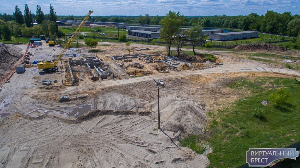 Новое пожарное депо строят в Южном городке, вид сверху