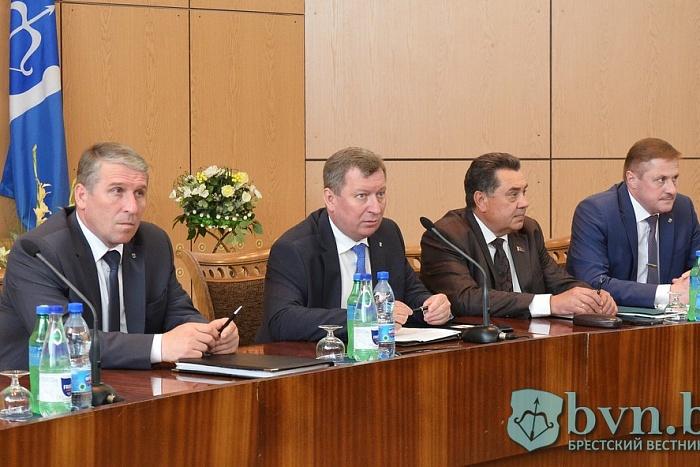 Подготовку к 1000-летию Бреста обсудили на встрече руководителей