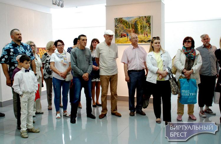 Выставка полотен Александра Рысакова открылась в Бресте