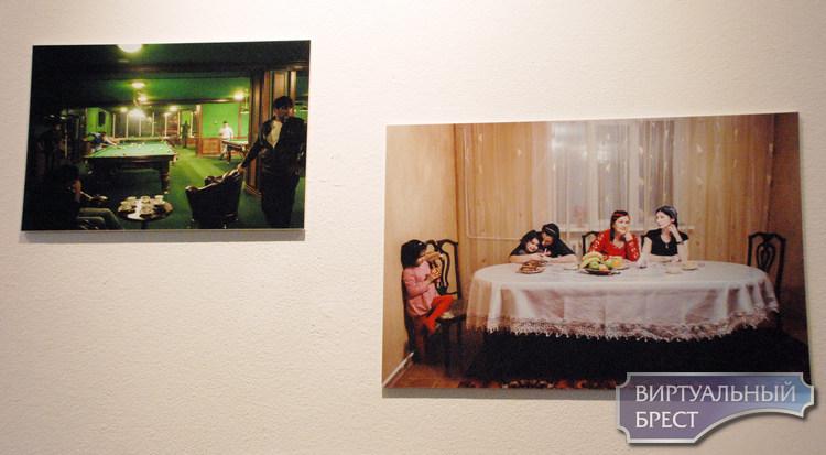 В Пространстве КХ открылась фотовыставка «Что нас объединяет?»