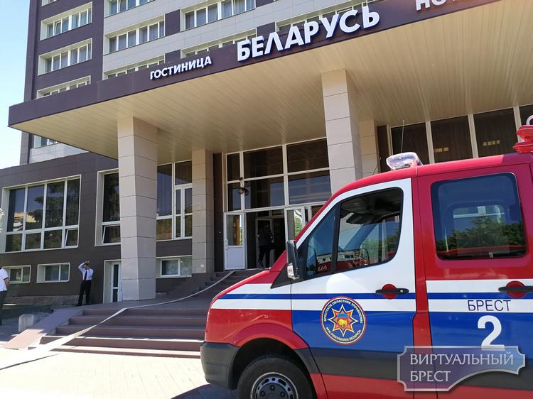 """Что случилось на """"Беларуси""""? Как """"тушили"""" гостиницу в Бресте и спасали пострадавших"""