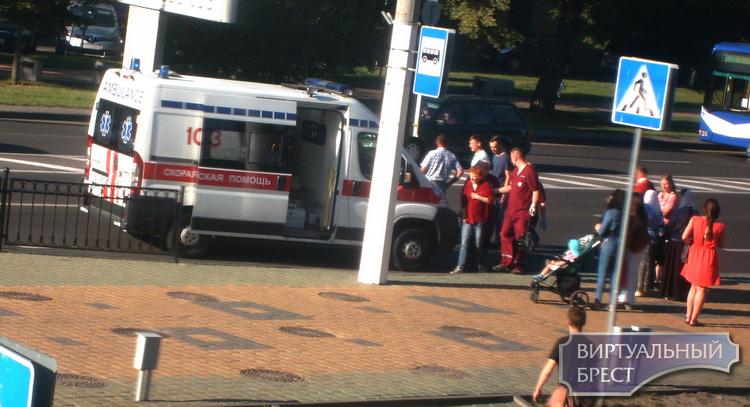 На Машерова вне пешеходного перехода сбили пожилую женщину