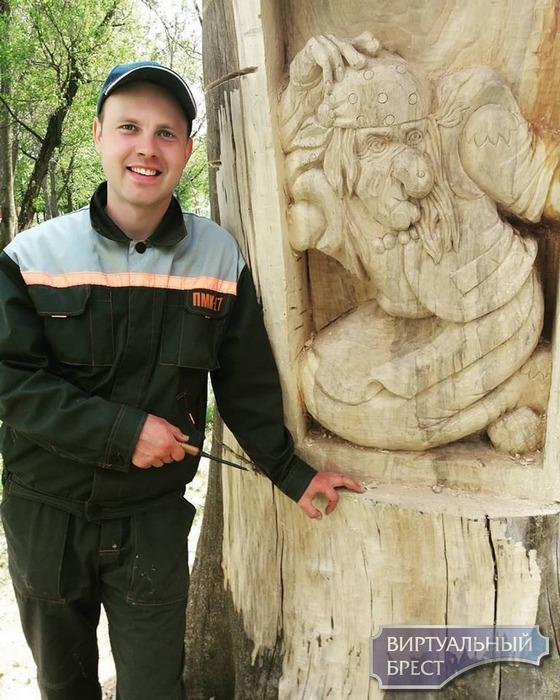 В парке культуры и отдыха разместили поместье Бабы-Яги – диаметр четыре метра