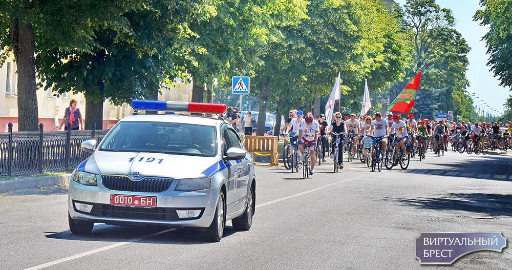 В Кобрине прошел велофестиваль «Viva РОВАР -2018»