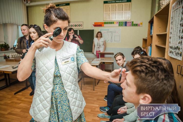 """Офтальмологи во время проекта """"Я вижу"""" выявили патологии у 38,4% школьников Брестской области"""