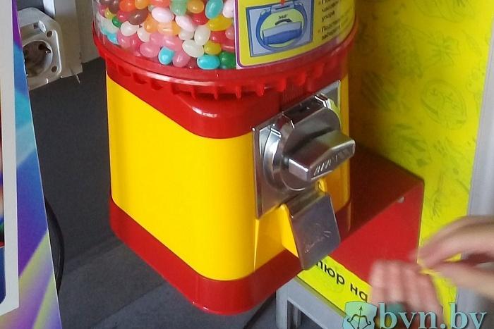 Автоматы со сладостями без упаковки: правила торговли нарушены
