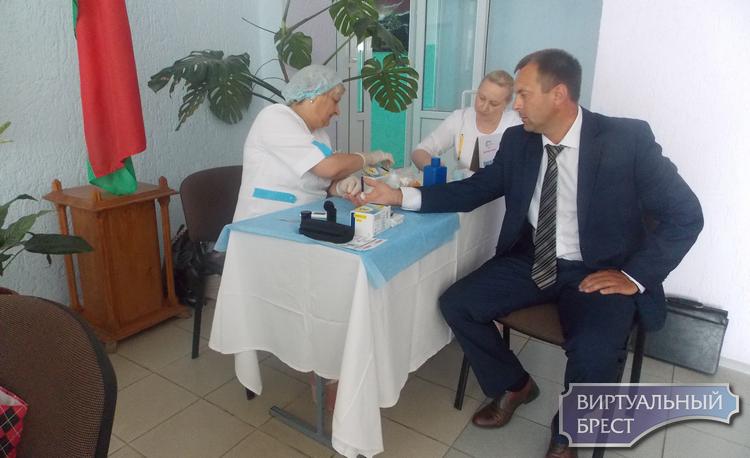 Островок здоровья в г. Ляховичи в рамках профилактических проектов