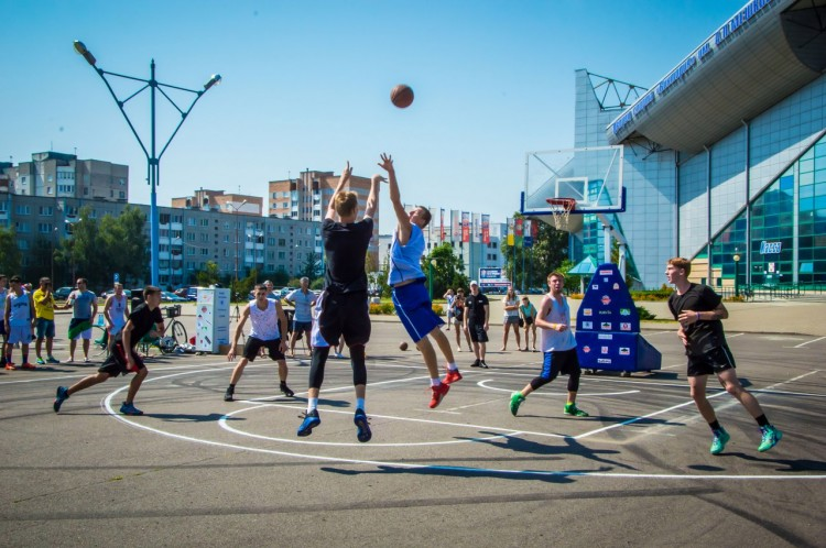 Международный  открытый турнир по стритболу «StreetMania» приуроченный ко Дню г. Бреста «Берестье_2018»