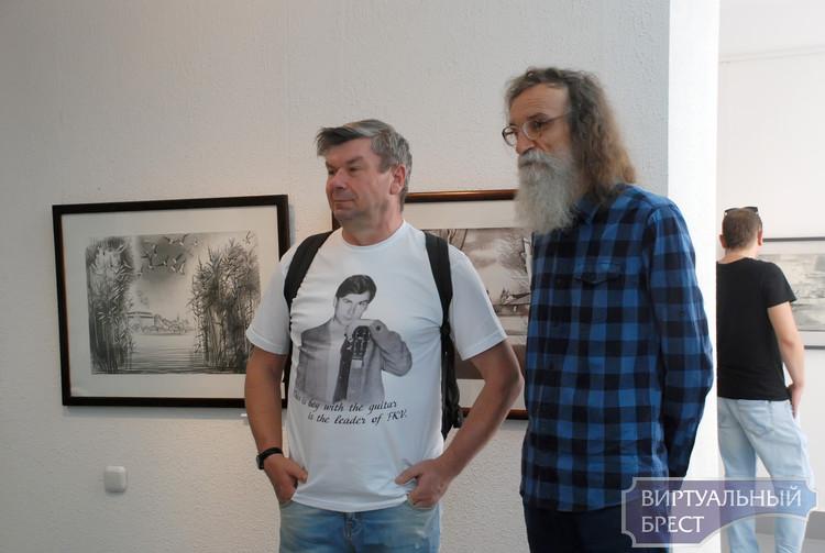 На Советской открылась выставка «Художник и город» к 999-летию Бреста