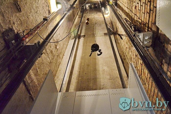 В Бресте заменят 125 лифтов до конца года