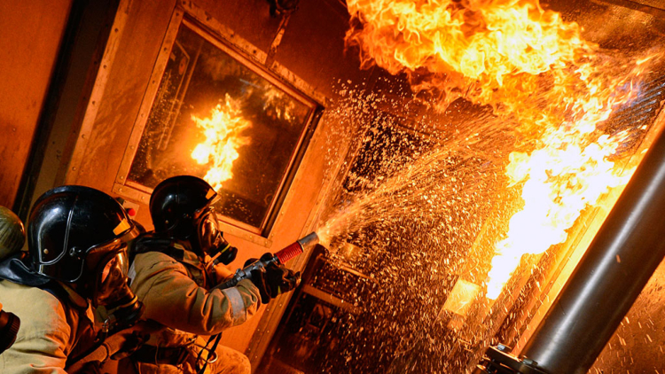 Брестчанин погиб при пожаре в квартире на ул. Боброва