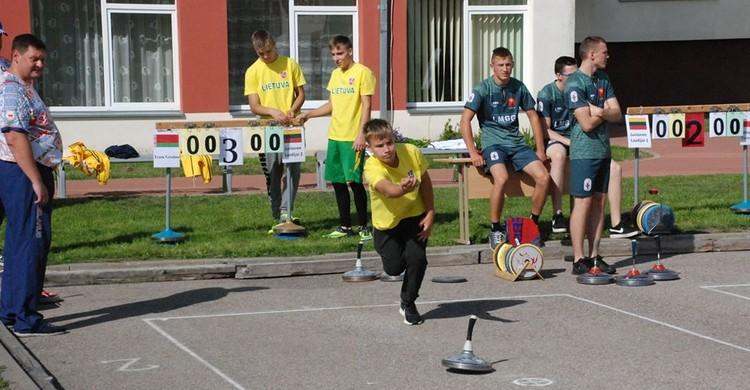 Брестчане в Литве стали вторыми и третьими на турнире по айсштоку