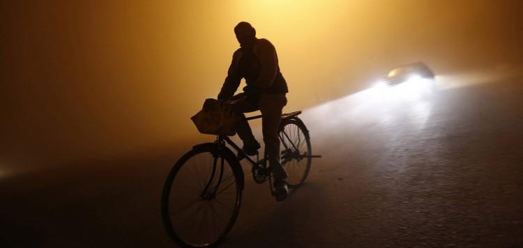 ГОЧС объявляет штормовое предупреждение, а ГАИ перекрывает улицы в Бресте