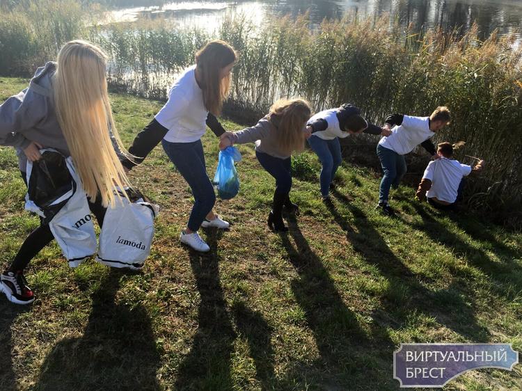 Молодежь Московского района г.Бреста дала старт месячнику по благоустройству