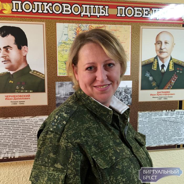 День Матери отметили в ВС Беларуси поздравлением женщин