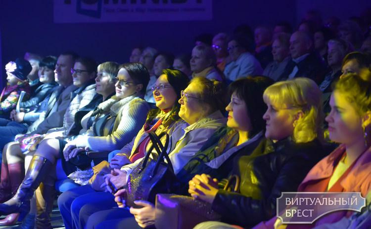 Первый сольный концерт брестской певицы Дианы «По тонким линиям» состоялся 13 октября