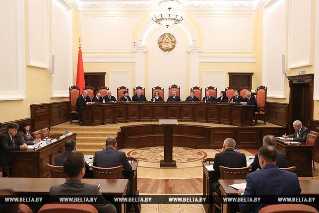 Конституционный суд решает, можно ли гражданам фотографировать милиционеров