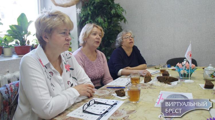 В отделении дневного пребывания для граждан пожилого возраста прошёл мастер-класс на тему: «Здоровое старение»