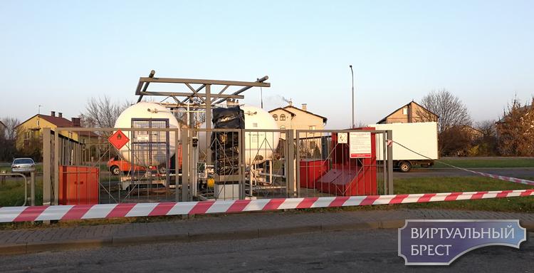 """""""Это всё политика"""". В Бресте закрыты газовые заправки Галлон. Где теперь заправляться?"""