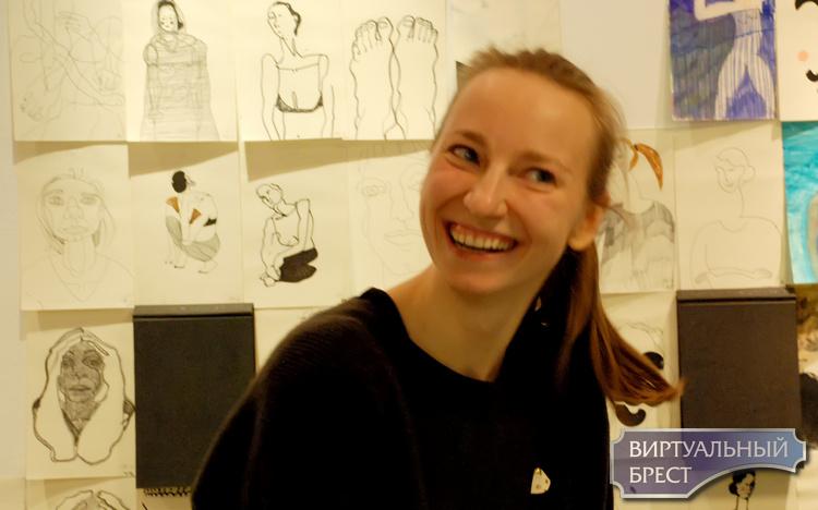 8 ноября в «Пространстве КХ» открылась новая выставка – «365 автопортретов»