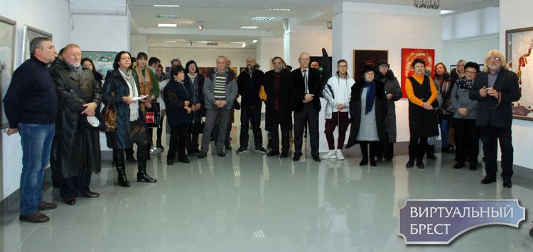 """Художественная выставка """"Гродно-Транзит"""" открылась в Бресте"""