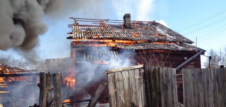 В Брестской области на трех пожарах погибли два человека