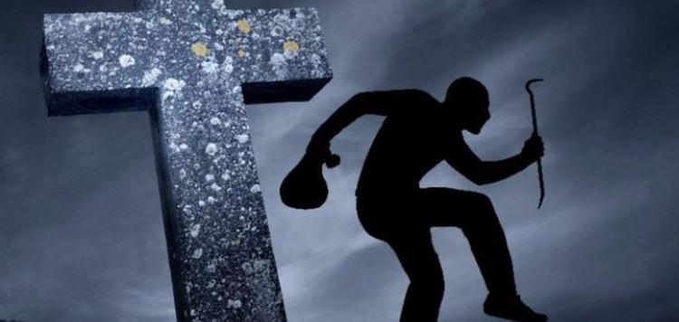 На кладбище в микрорайоне «Речица» ночью ограбили рабочего