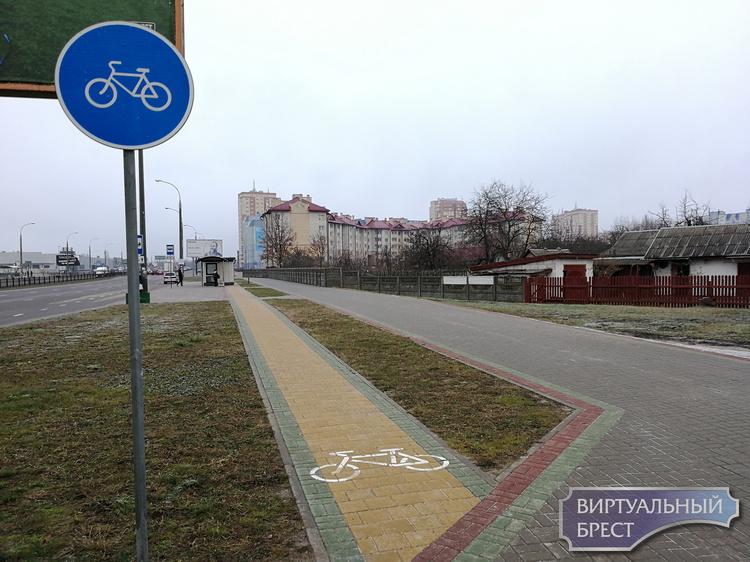 """Ларёк """"Табакерка"""" установили в Бресте прямо на велодорожке... Вот тебе и """"Симбиосити"""""""